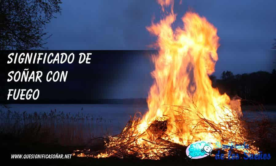 Hoguera ardiendo